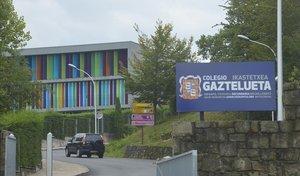 El exterior del colegio Gaztelueta, en Getxo.
