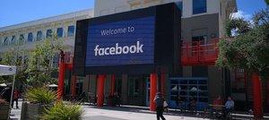 Fachada de lasede de Facebook en Menlo Park, California, EEUU.
