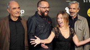 Francesc Orella, Fernando González Molina, Marta Etura e Imanol Arias, tras la presentación de 'Legado en los huesos' en Sitges