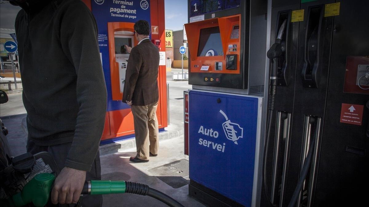 El precio de los carburantes suben un 7% desde comienzos de año.