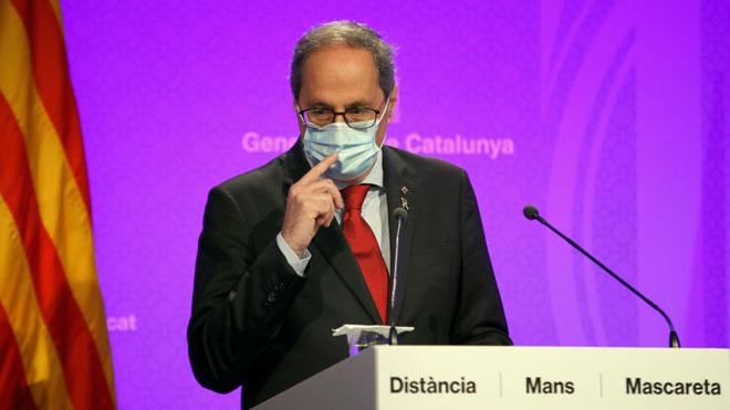 El Govern aprueba el decreto para poder imponer restricciones por la pandemia. En la foto, Quim Torra, en la rueda de prensa del lunes por la noche.