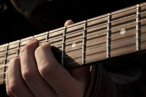"""Estalla contra la ausencia de mujeres entre las mejores guitarristas y propone una lista de """"genias de la guitarra"""""""