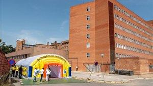 """El Hospital Arnau de Vilanova reclama """"directrices urgentes"""" a los políticos"""