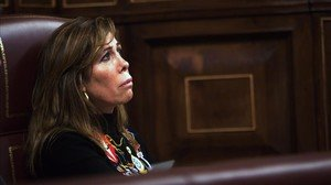 La diputada del Grupo Popular Alicia Sánchez Camacho en suescaño del Congreso de los Diputados.