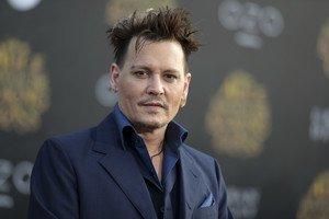 Johnny Depp, denunciado por su antiguo bufete de abogados.