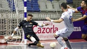 Juanjo, el portero del Barça, en el duelo con el Levante.