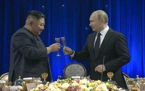Kim Jong-un y Vladimir Putin en una reunión en la ciudad rusa deVladivostok.