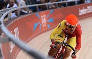 La ciclista Leire Olaberria, en una prueba durante los Juegos Olímpicos de Londres, en 2012.