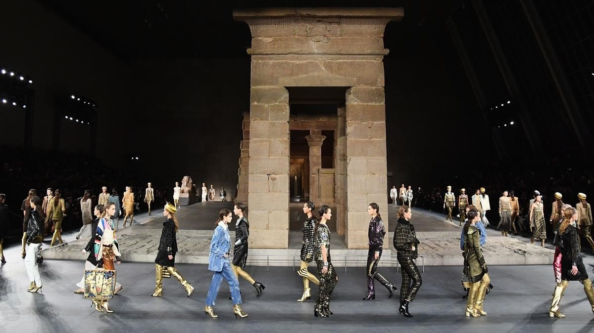 Desfile de Chanel en el Metropolitan de Nueva York, este martes.