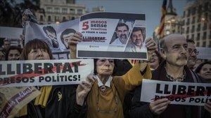 Manifestación en apoyo a los Jordis en Barcelona, el 16 de marzo del 2018