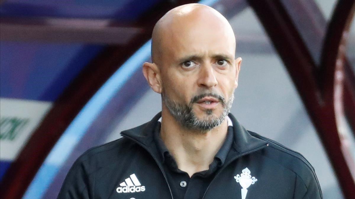 Miguel Cardoso, el entrenador portugués, en Eibar en su último partido con el Celta.