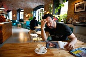 Pablo Puyol, en Bow, que frecuenta cuando visita Barcelona. Allí disfruta, sobre todo, de sus bocadillos veganos.