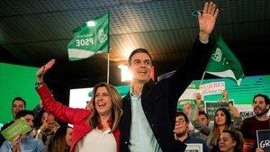 Pedro Sánchez y Susana Díaz, en un mitin del PSOE en Marbella (Málaga) durante la campaña para las elecciones andaluzas de 2018.