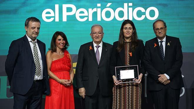 Pimec premia a EL PERIÓDICO por sus temas económicos. En la foto, la directora de EL PERIÓDICO, Anna Cristeto (centro), flanqueada por el president de la Generalitat, Quim Torra (derecha), y el presidente de Pimec, Josep González (izquierda) y junto al jefe de la sección de Economía, Agustí Sala; y María José Tarancón, de Pimecen la entrega de premios al Mejor trabajo periodístico entregado por Pimec.
