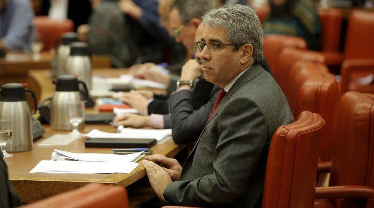 El portavoz del PDECat en el Congreso, Francesc Homs, en una comisión de la Cámara baja.