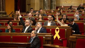 El presidente de la Generalitat, Quim Torra, en el pleno del Parlament este jueves.