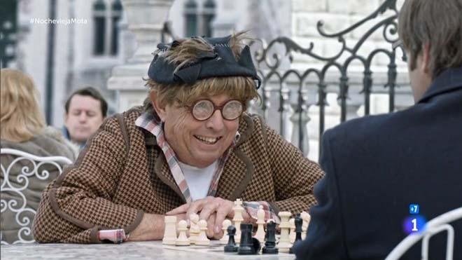 Rara partida de ajedrez en Bruselas (TVE-1).