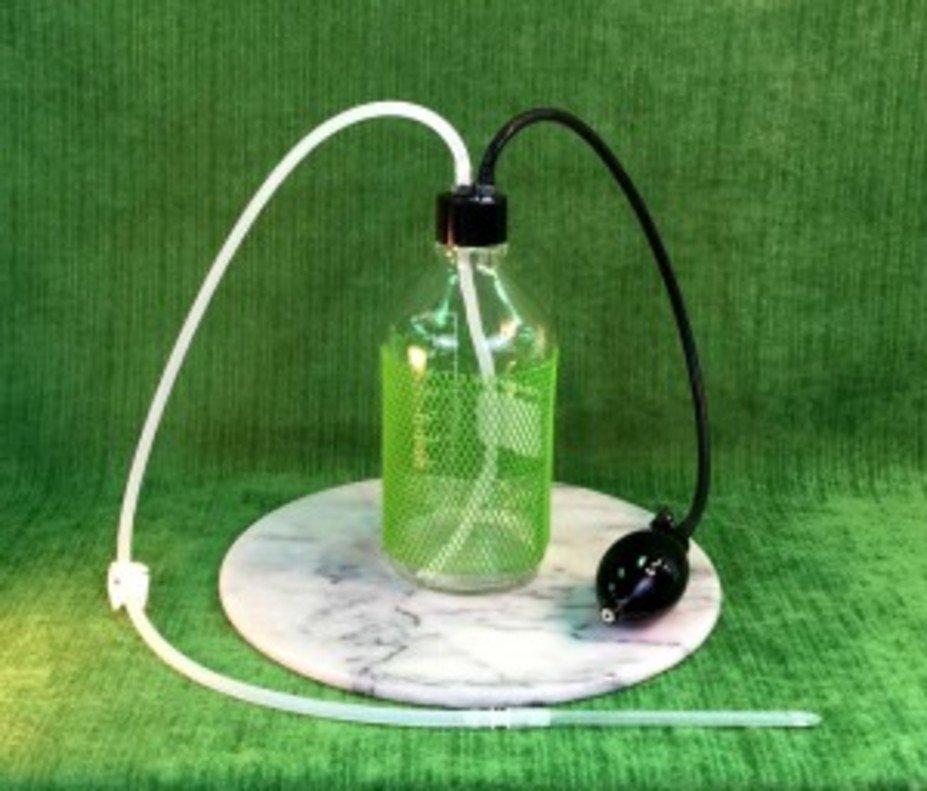 El sistema Implant O-Rama para hacerse lavativas de café en casa cuesta 135 euros en la web de Paltrow.