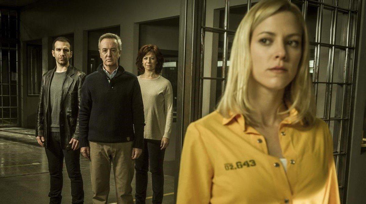 Maggie Civantos, en una imagen promocional de la serie de A-3 'Visa vis'.
