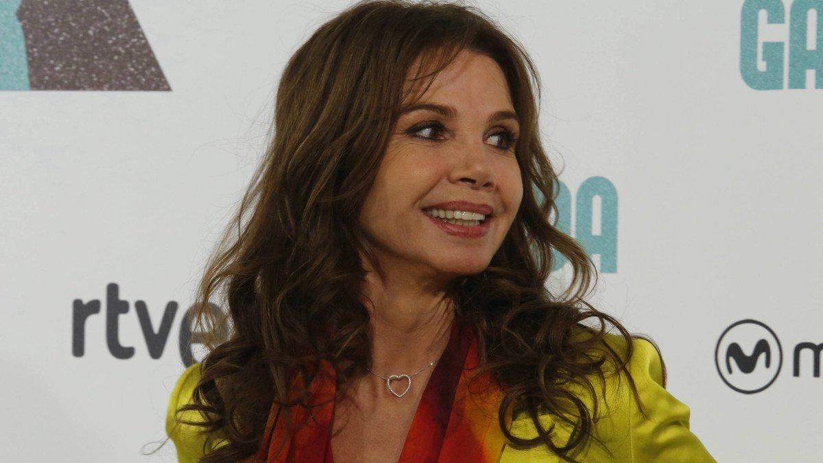 La actriz española Victoria Abril en el photocall de la película Nacida para ganar en julio del 2016