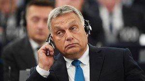 El primer ministro, Vicktor Orban, en el Parlamento Europeo este martes.