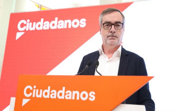 Villegas dejala dirección de Ciudadanos y De Páramo abandona la política.