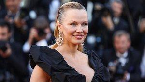 La actriz y modelo Pamela Anderson habló sobre varios temas en su paso por el programa '60 minutes'