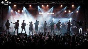 El grupo Itaca Band,durante el concierto del Poble Espanyol programado en el ciclo Cruïlla de Tardor.