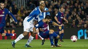 Uns 50 ultres de l'Espanyol es colen i l'armen al Gol Nord