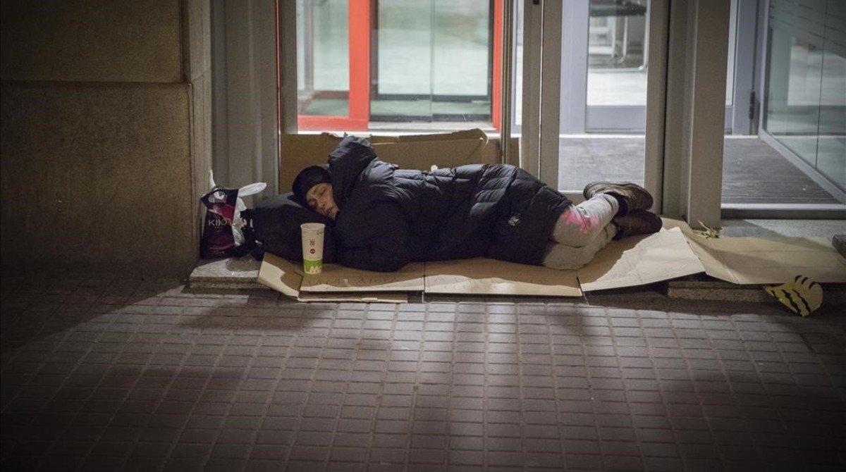 Con trabajo y sin dinero (en España)