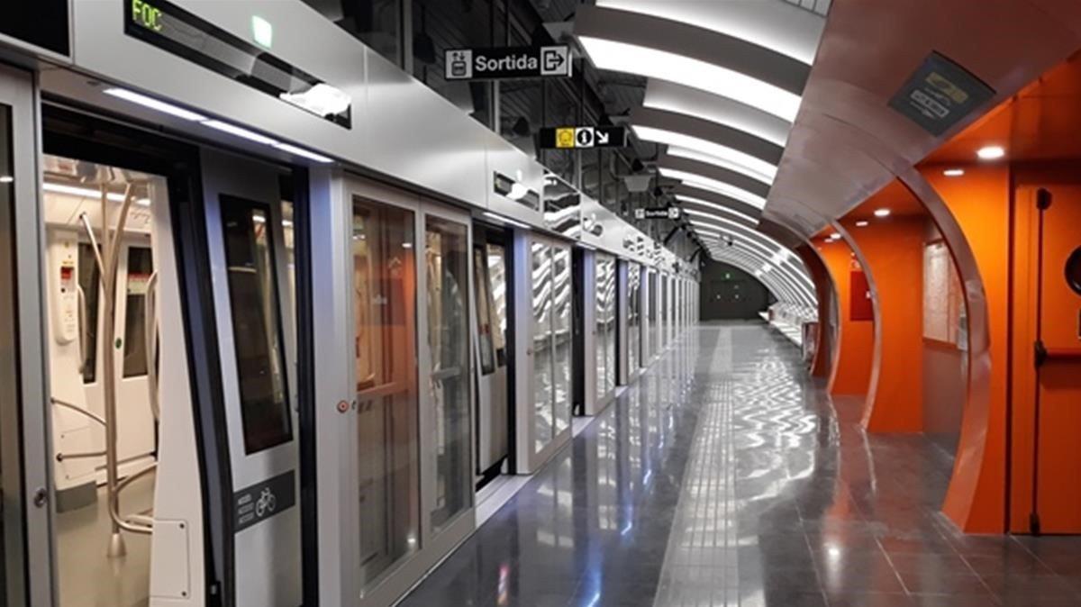 Parada de Foneria de la línea 10 Sud, que hoy se inaugura y entra en servicio.l