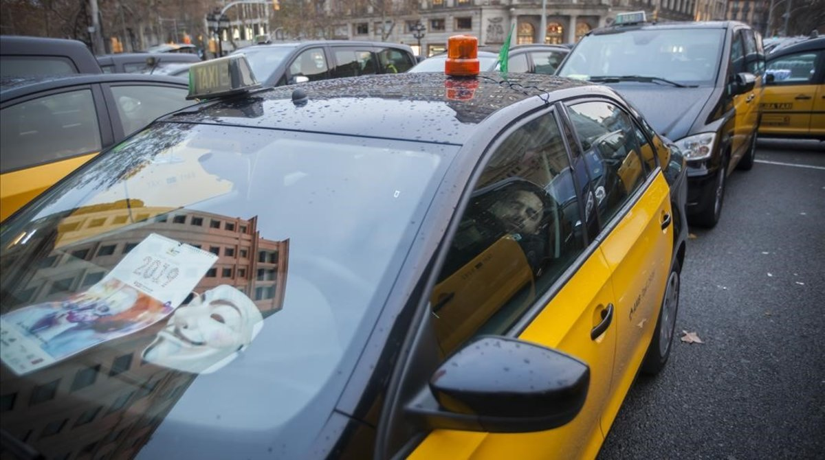 Un taxista n'apunyala un altre a l'aeroport de Barcelona