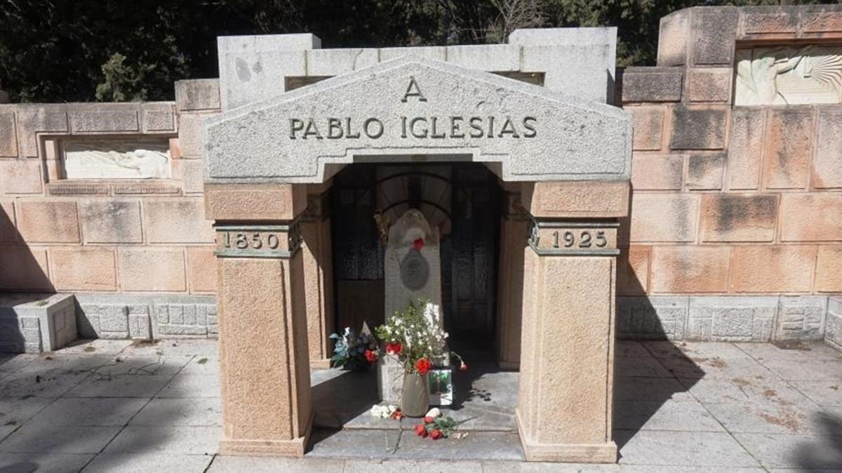 Tumba de Pablo Iglesias.