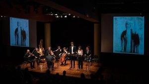 Un aperitivo de la ópera compuesta por Joan Magrané en el Foyer del Liceu, el pasado 2 de julio.