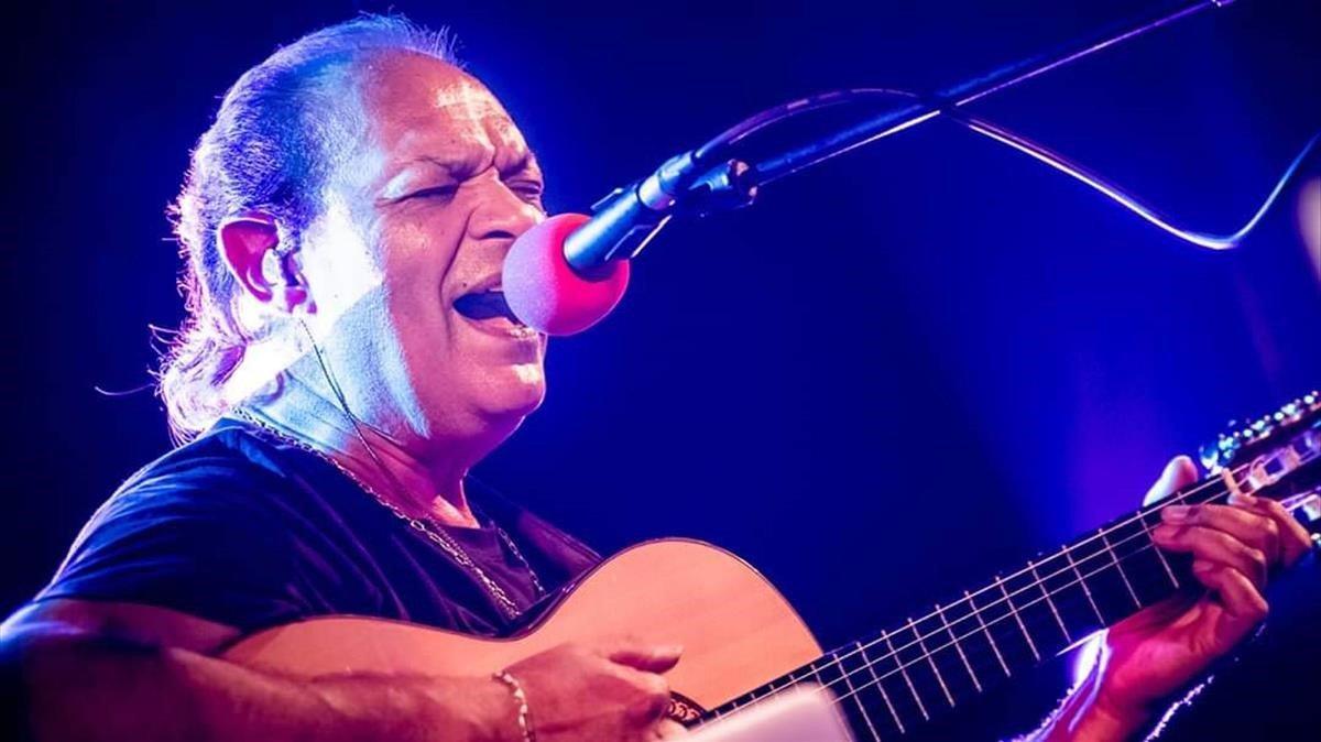 El guitarrista Diego Cortés.