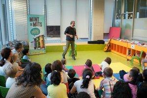 Un festival de cuentos para niños y adultos.