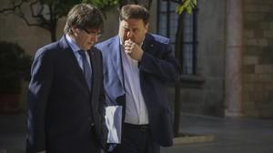 Puigdemont y Junqueras se dirigen, este marte, a la reunión del Govern.