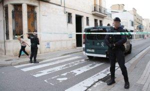 Cordón de la Guardia Civil durante uno de los registros en la redada de miembros del CDR en Sabadell.