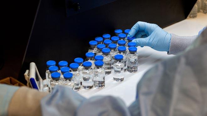 Alertan de que remdesivir aún no podrá suministrarse si hay un nuevo brote de coronavirus, como explica Roger Paredes, jefe de Enfermedades Infecciosas del Hospital Germans Trias i Pujol. En la foto, los laboratorios de Gilead en La Verne (California).