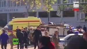 Imagen de la televisión del lugar del atentado.