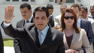 Ben Alí y su esposa, Leila, en una imagen tomada en mayo del 2010.