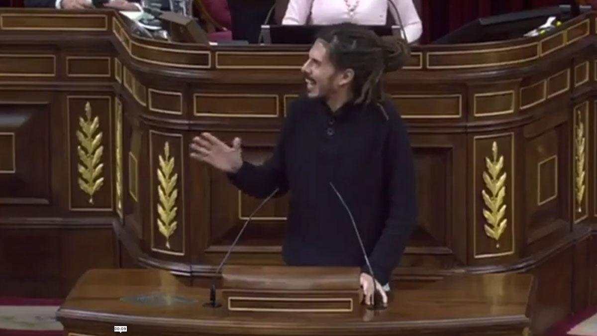 El bonito gesto de Alberto Rodríguez, de Ahora Podemos, con un diputado del PP.
