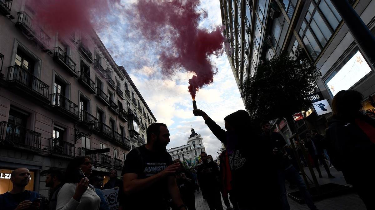 Manifestantes en Madrid en laprotesta por la amnistía de los presos políticos.