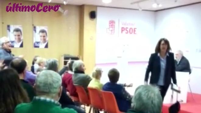 La diputada y presidente del PSOE de Castilla y León, Soraya Rodríguez, abandonara una reunión del PSOE al ser llamada traidora.