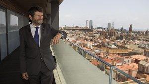 Albert Batlle, en el Ayuntamiento de Barcelona.
