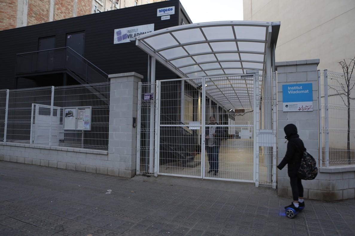 Ensenyament solucionarà amb barracons la falta d'espai als instituts