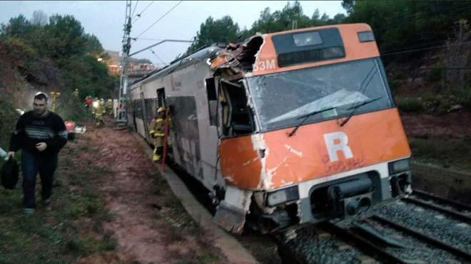 El tren descarrilado en noviembre del 2018 en Vacarisses