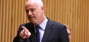 José Manuel Campa.