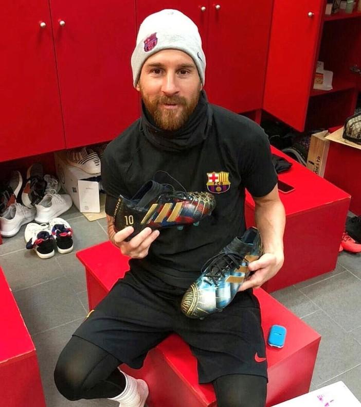 selección especial de los recién llegados venta directa de fábrica Leo Messi luce sus nuevas botas en la red