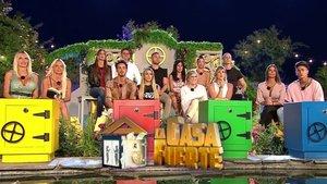 Los concursantes de la primera edición de 'La casa fuerte'.